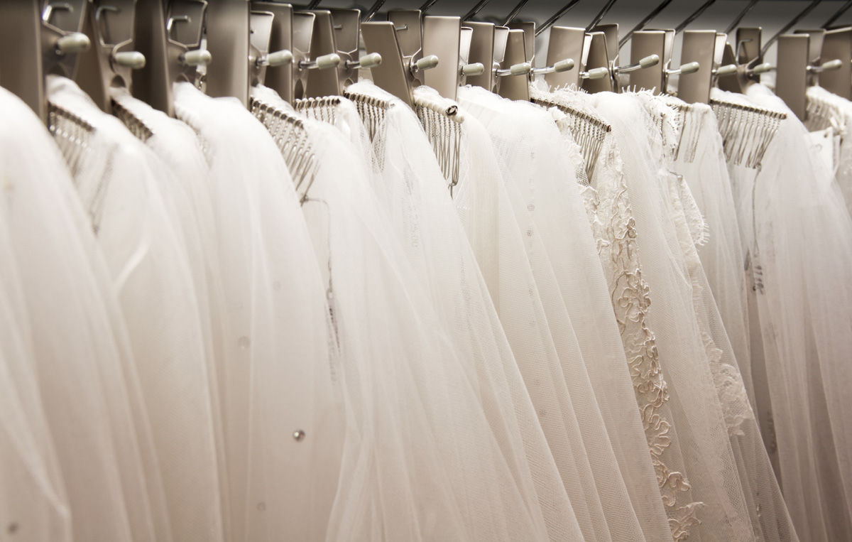 Prom dress stores kansas city gown and dress gallery for Wedding dress shops kansas city