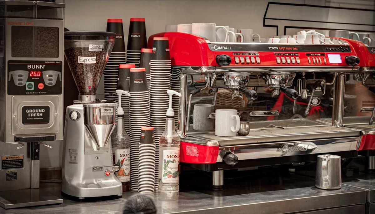 Aroma Espresso Bar 42nd Street Insidebusinessnyc Com