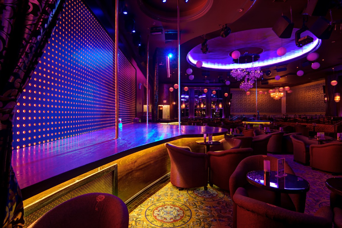 Google Street Takes you on a Virtual Tour of this NYC Strip Club